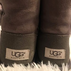 UGG Shoes - Gray Bailey Button UGGS